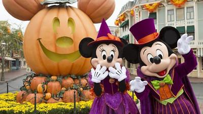 Disneyland Halloween Parades shows + More DVD CD Mickey Mouse Walt Disney World - Mickey Mouse Halloween Show