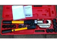 Hydronic crimping tool