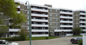Beautiful 1 Bdrm South End Condo on 2nd Floor, $1095 inclusive