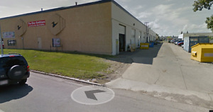 2,950SF in West Edmonton Industrial Bay Available for Lease IB