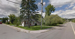House with yard for Rent -  East Saint John - 43 Simpson Dr.