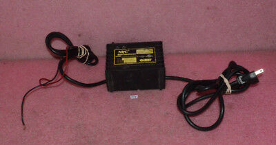 (Guest MTC Automatic 3 Stage Battery Charger 2606A)