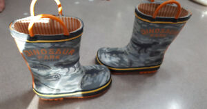 Boys size 9 Jurassic park rain boots-excellent condition $10