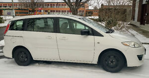 Mazda 5 2009 in great shape, ready to go! Safety & Drive Clean