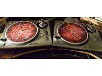2x Technics SL-1200 Mk2 Turntables