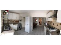 3 BEDROOM HOUSE TO RENT IN MANOR PARK E12 , EN SUITE ROOMS - #Ref1080