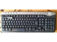 Dell USB keyboard. standard size. In clean good working order.