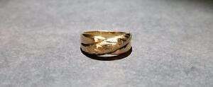 Ladies 14K Gold Ring