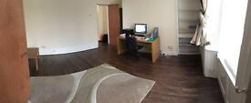 Large 1 bed flat available to let in Newport.