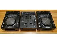Limited Edition Pioneer CDJ 400 K (Pair) + DJM 400 K & Flight Case