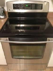 LG Electric Digital Range with Convection in Stainless Steel