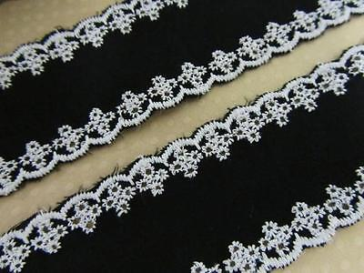 8 yard Black Cotton Band/Trim White Eyelet Floral Embroidery Lace/Sewing/Sew T96