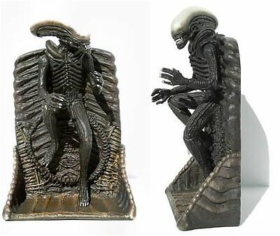 Alien Standing Wall Relief Antique Finish