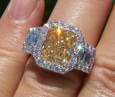 2.76 Ct Cushion Cut Fancy yellow  Trapezoid Diamond Engagement Ring SI1 GIA 18K  1