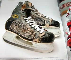 The Hockey Book by Sports Illustrated Staff London Ontario image 3