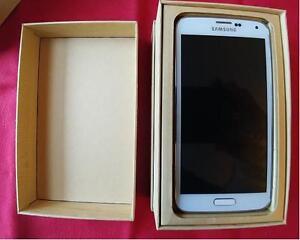 Samsung Galaxy S5  mint