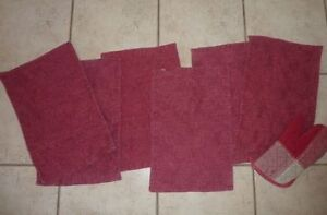 4 black placemats in excellent condition and others Kitchener / Waterloo Kitchener Area image 3