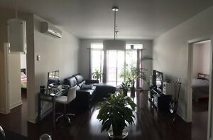 OCC. IMMEDIATE Condo 4 1/2 Perles DeLa Gare PISCINE,GYM URGENT