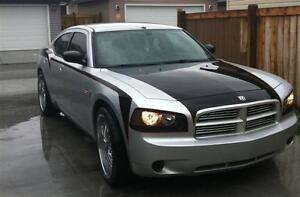 2007 Dodge Charger black and red Sedan