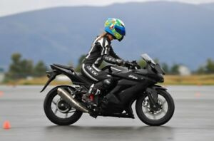 2009 ninja 250r, great track bike