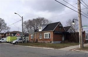 Commercial/Retail Store For Sale Nr Brown's Line & Lakeshore