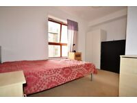 STUDENT ROOMS FOR LET: En suite bedrooms available with WiFi, Sky TV & communal lounge/kitchen