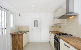 2 Minutes To Manor Park Station - 3 Bedroom House To Rent - #Ref9220