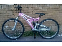 Ladies Pink TRAX TFS1 Mountain Bike In Excellent Condition