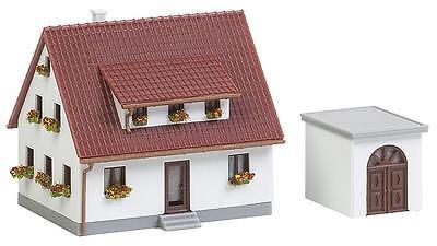 Faller 282762 Z Gauge > Settlement House with Garage < Original Packaging