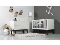 Cot/Toddler bed & Chest / Changing station