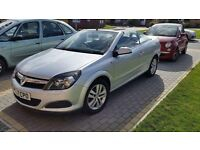 2007 Vauxhall Astra twin top