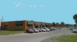 2500 SQ FT.  COMMERCIAL UNIT FOR LEASE - AVAILABLE IMMEDIATELY