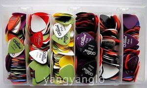 100pcs Acoustic Electric Guitar Picks Plectrums(Assorted thickness&colors)