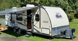 2014 Coachmen Freedom Express 269Bhs Anniversary Addition with B