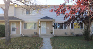 Beautiful Townhouse in the Heart of Sherwood Park