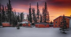 UNRESERVED AUCTION - BED & BREAKFAST - PEACE RIVER, AB