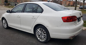 2012 Volkswagen Jetta Fully Loaded, Leather, Heated Seats + More