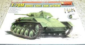 MiniArt 1/35 T-70M Soviet light tank w/ crew