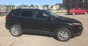 2014 JEEP CHEROKEE LIMITED AWD,LEATHER,PANOROOF,38KM,SAFETIED!!!