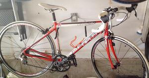 Vélo de route Opus Othello femme 2013