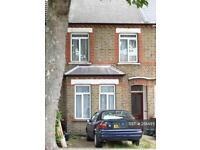 3 bedroom house in Northfields Avenue, Ealing, W13 (3 bed)