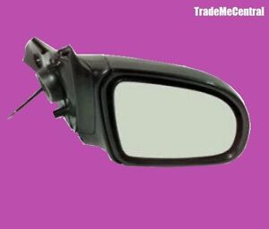 Holden SB Barina 94 95 96 97 98 99  2001 01 Manual Door Mirror Right Driver Side