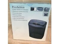 ProAction 10 sheet cross cut shredder brand new