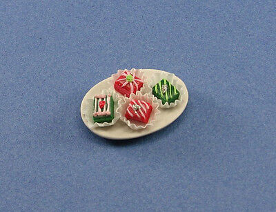 Dollhouse Miniature 1:12 Scale Plate of Fancy Desserts #WCFD82