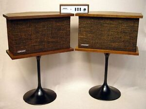 WANTED: Bose 901 speakers and equalizers. Any condition.