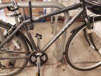"""Land Rover All Route 833 hybrid bike 17"""" frame"""