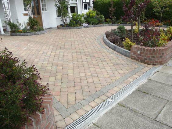 Monoblock driveway installations,block paving gardens ...