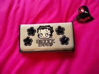 Beige Betty Boop beige purse with silver and black bead studding