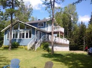 Family Friendly 4 bedroom Pickerel Lake Waterfront Cottage
