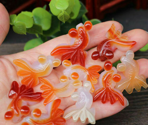 1PCS Natural hand-carved agate goldfish fashion lucky pendant rope necklace